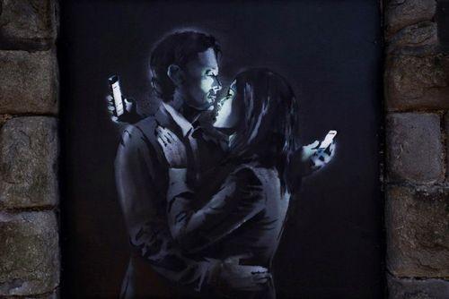 10 Признаков зависимости от социальных сетей