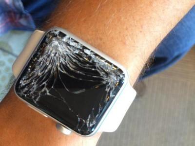 Apple watch больше не позиционируются как ударопрочный аксессуар