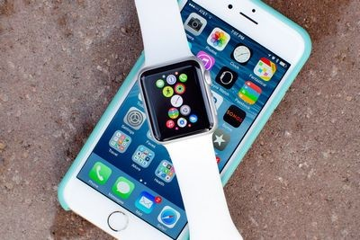 Apple watch оказались популярнее первого iphone