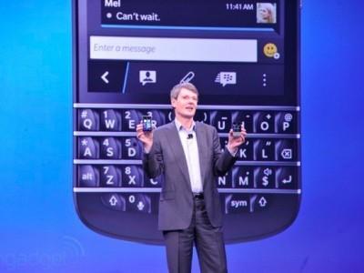 Blackberry q10 мог получить прорезиненный корпус