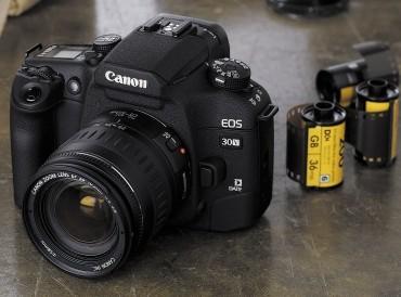 "Canon представил новые ""зеркалки"" семейства eos"