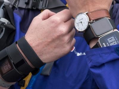 Глава fitbit считает, что apple watch - слишком сложное устройство