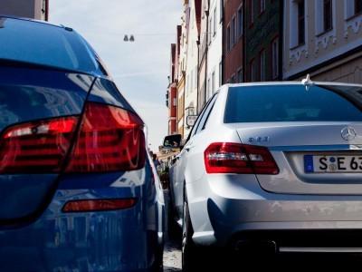 Хакер вскрыл автомобили bmw, mercedes и chrysler с помощью мобильного приложения