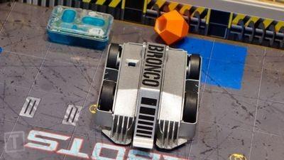 Известное телешоу о битве роботов нашло воплощение в наборе радиоуправляемых игрушек