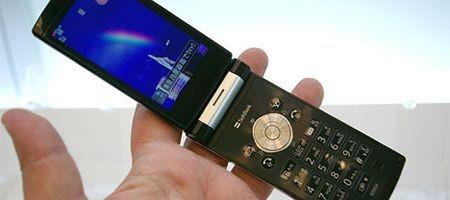 Японские производители мобильных телефонов начинают разработку собственной единой программной платформы