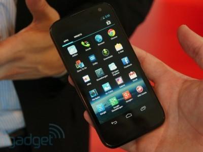 Medion x4701 - новый смартфон компании с выставки ifa 2013