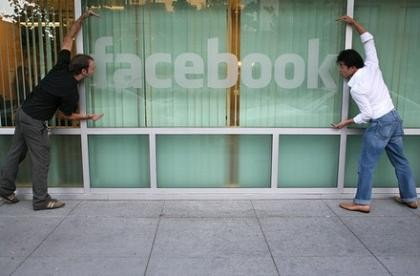 Мобильные версии социальных сетей выросли на 240%