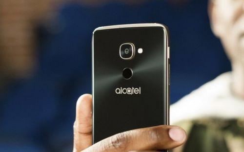 Mwc 2017: alcatel idol 4 pro — флагман с windows 10 для европы