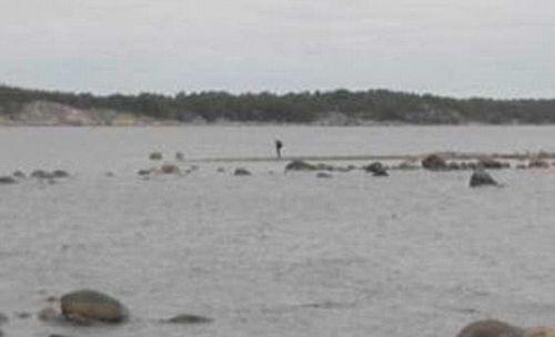 Охота за «чёрным октябрём»: кого или что ловит швеция у своих берегов?