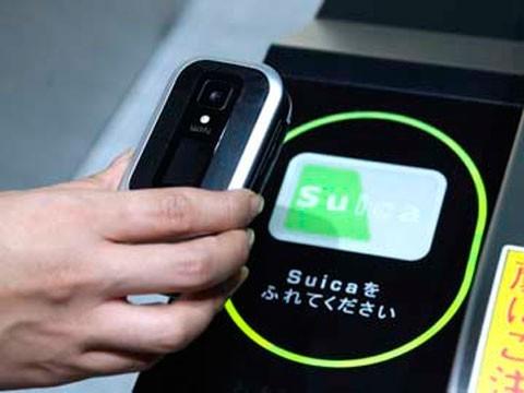 Осенью в россии выйдут новые смартфоны с nfc