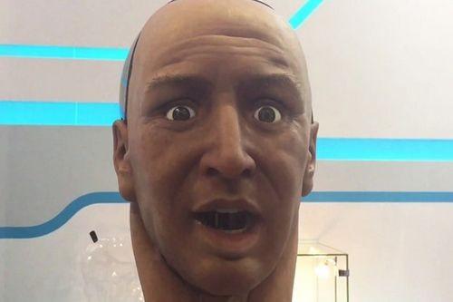 Робот хан – это голова, которая понимает, разговаривает и шутит