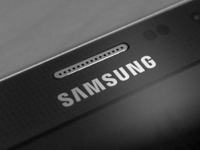Samsung патентует премиум-смартфон с двумя экранами