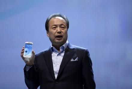 Samsung выпустит galaxy s4 с поддержкой «настоящего 4g»