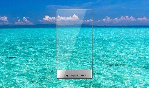 Sharp представила 5,5-дюймовый igzo-дисплей с разрешением 2160 х 3840