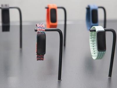 Смарт-браслет acer liquid leap active появился в продаже в россии