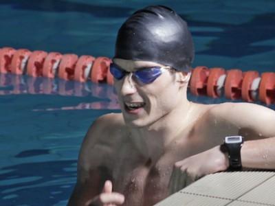 Смарт-часы swimmo позволят отслеживать прогресс тренировок в бассейне