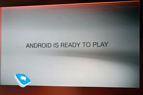 Sony ericsson xperia play. другой «робот»