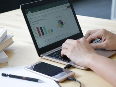 Superbook превратит смартфон в ноутбук