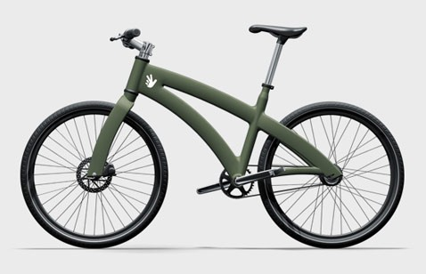 Взрослый велосипед везёт коляску с двумя детьми